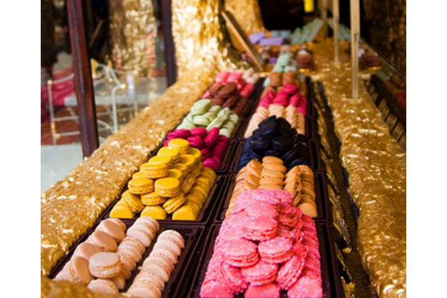 Laurige: Ladurée colours that you can enjoy every day