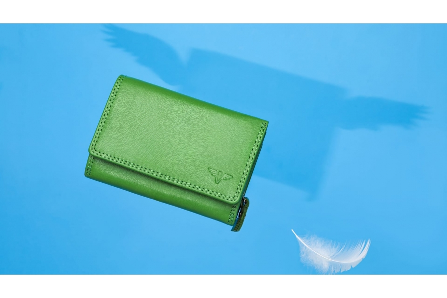 Nevaeh Heavenly Accessories Leather Purses