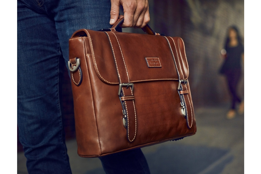 What Your Business Bag Says About You