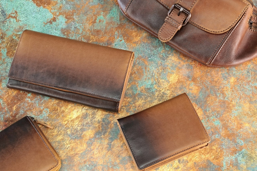 Cherokee Leather Bags, Wallets & Purses