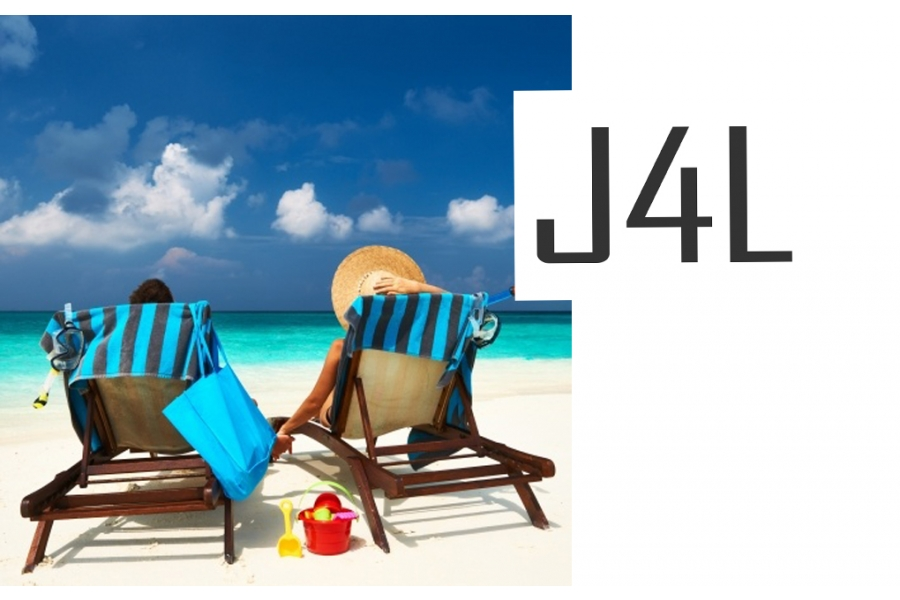 J4L: Must Have Items for Your Winter Getaway